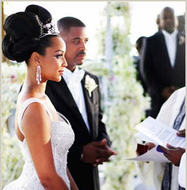 Divorce looms for TCI Premier and First Lady LisaRaye - The iPINIONS