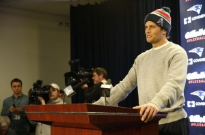 tom-brady-nfl-new-england-patriots-tom-brady-press-conference-850x560