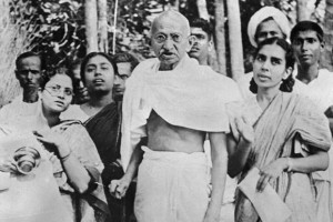 MahatmaGandhi--621x414