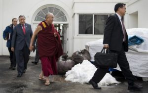 96834597-exiled-tibetan-spiritual-leader-the-dalai-lama-walks-out.jpg.CROP.promovar-mediumlarge